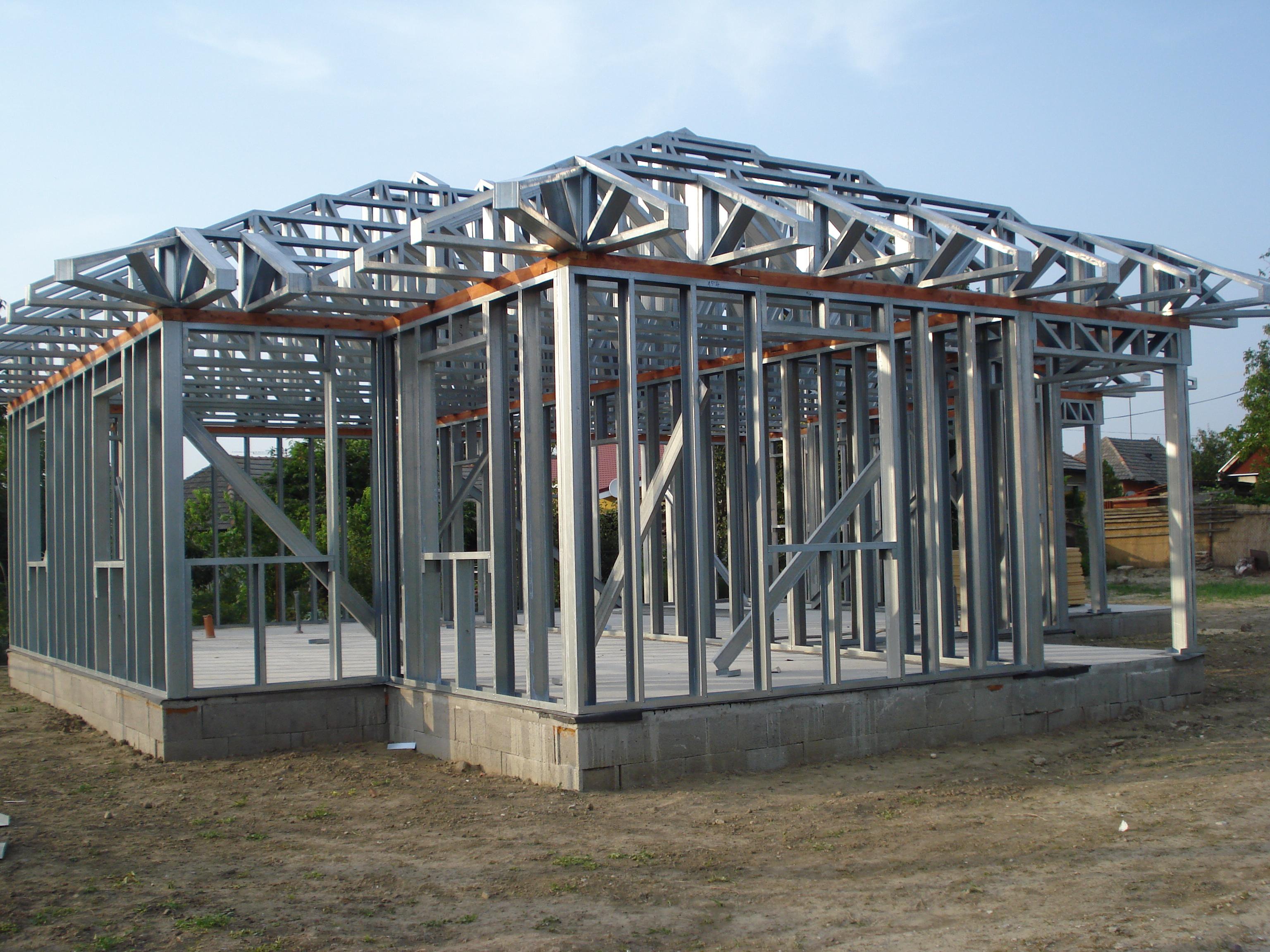 1. héten elkészül a fal, tető és a födémszerkezet