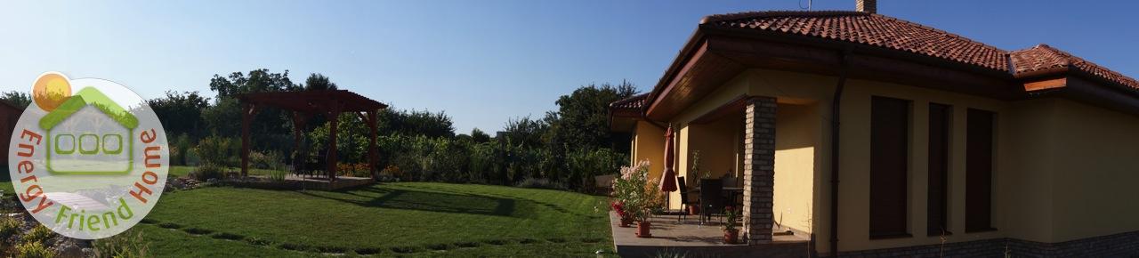 Panoráma fotó az udvaron