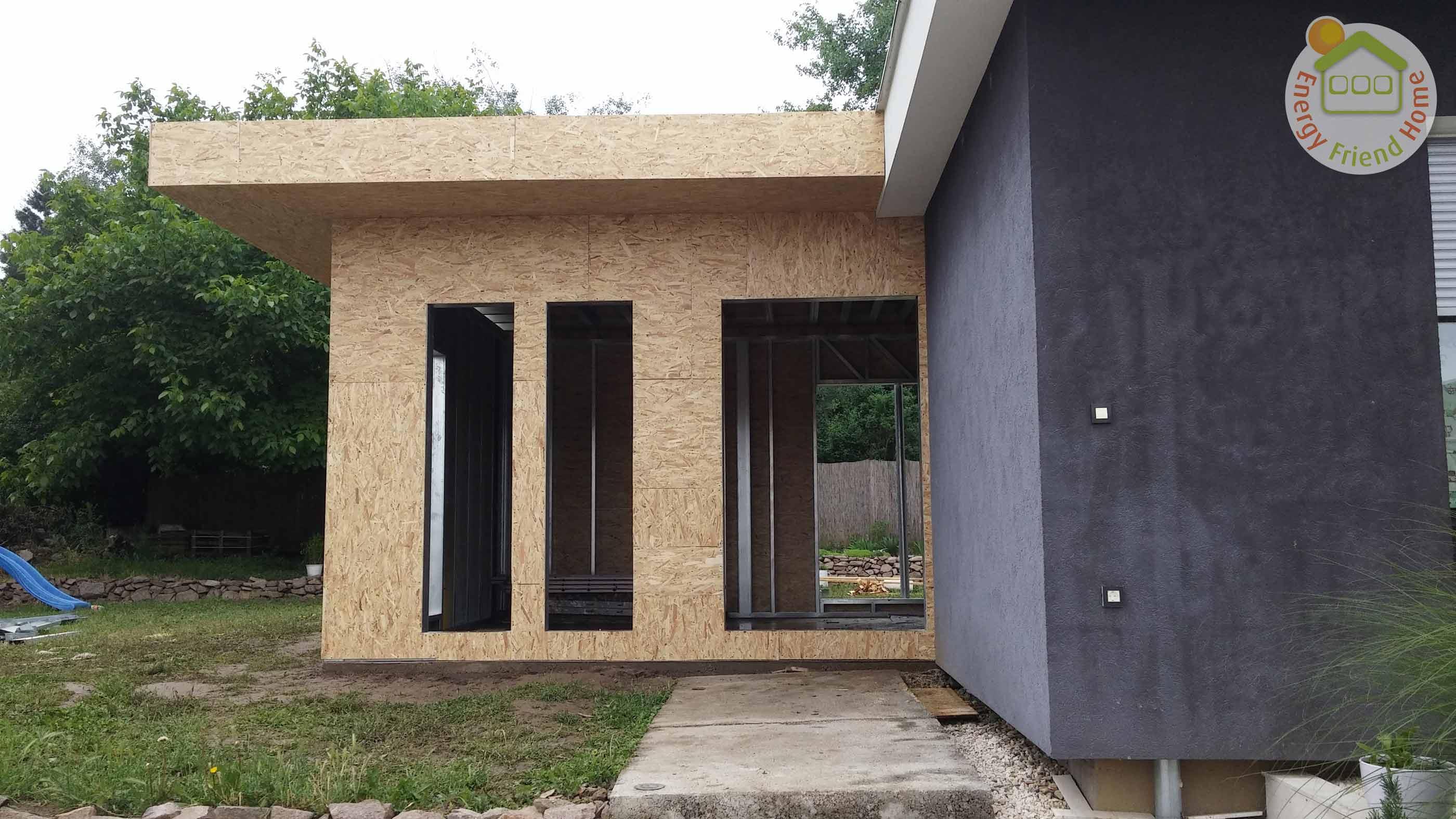 Családi ház szerkezet OSB burkolása